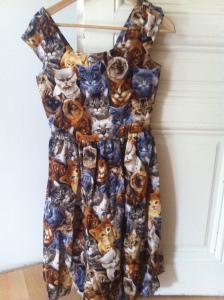 Hooked on a Feline Dress um 90$