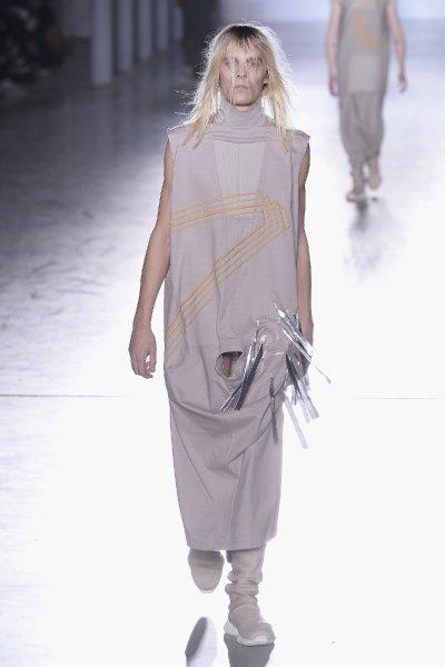 Rick Owens : Runway - Paris Fashion Week - Menswear F/W 2015-2016
