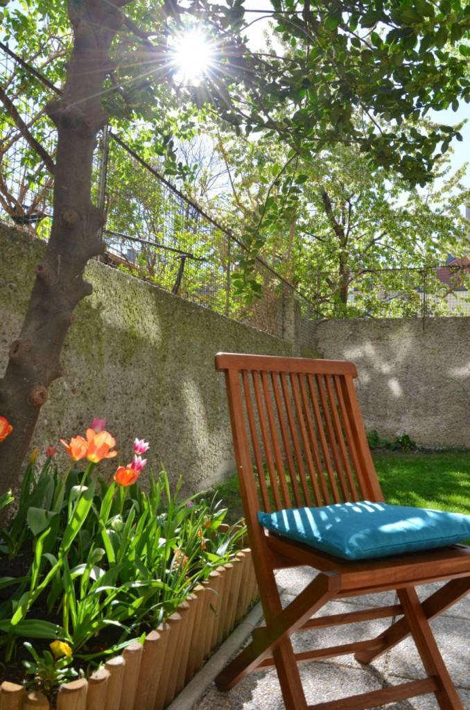 Bei so einem netten Garten würde ich auch am liebsten zuhause trinken!