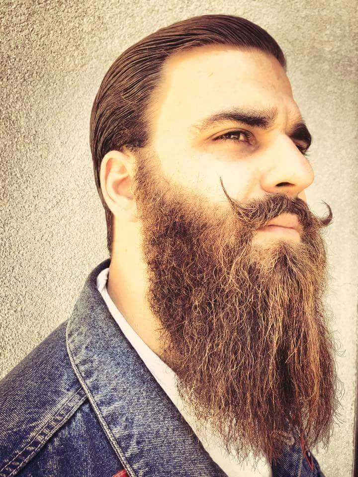 Den Mut zum Bart hat er auf jeden Fall!